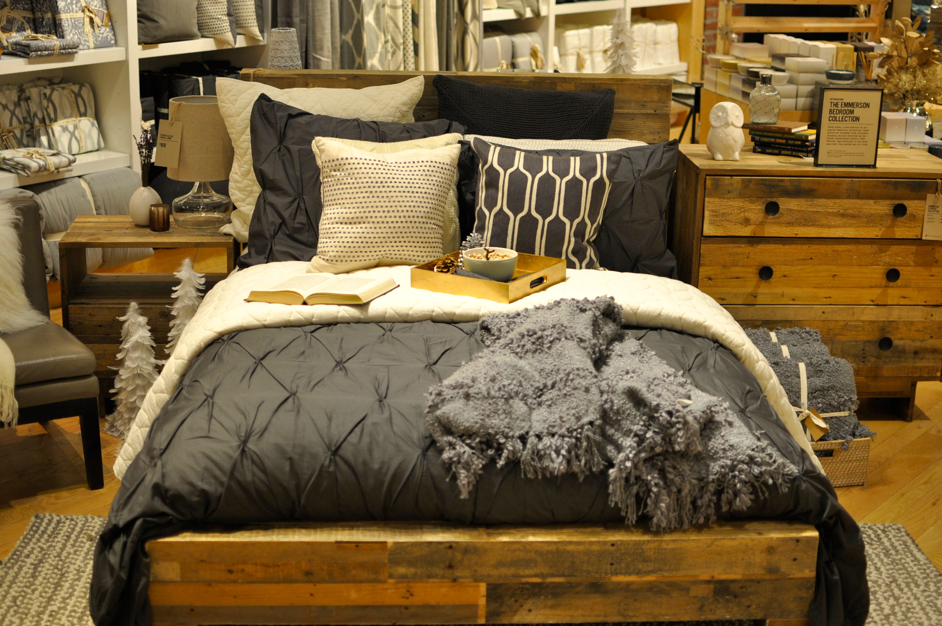 West elm collection new designs that define - How Gorgeous Is The West Elm Holiday Collection I Just Want To Snuggle Up